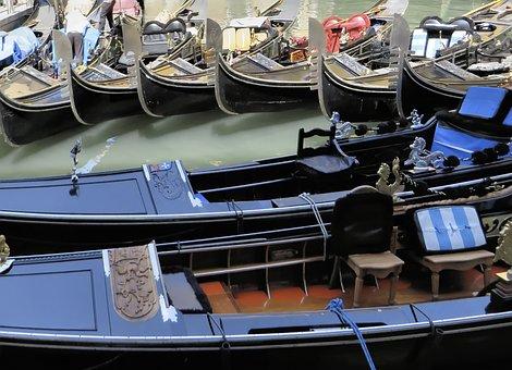 Italy, Venice, Gondolas, Parking
