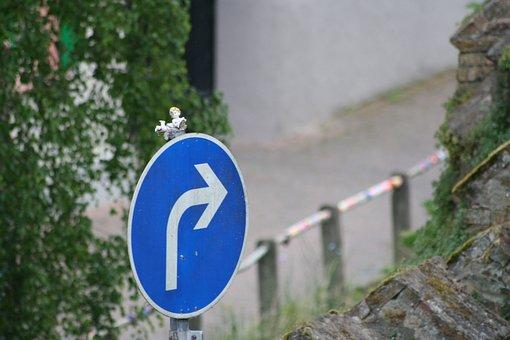 Street Art, Angel, Little Doll, Traffic Sign