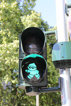 City, Mainz, Traffic Lights, Mainzelmännchen, Green