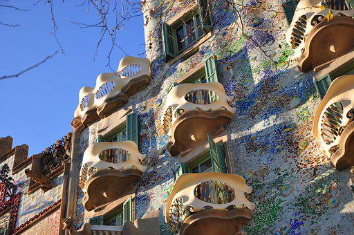 High First, Gaudí, Barcelona, Bart Lou House