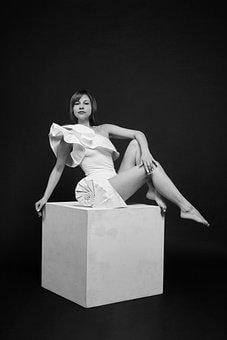 Cube, Model, Origami, Bw, Wave, Swimsuit, Legs, Posture