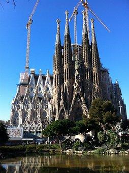 Sagrada Família, Church, Morning, Barcelona, Spain