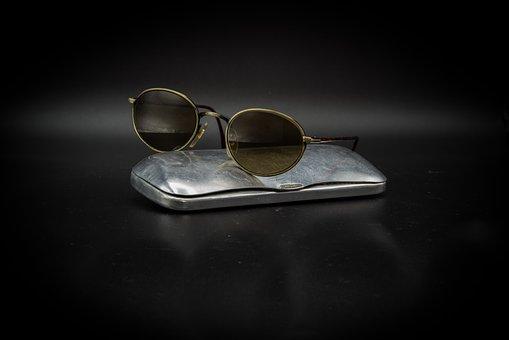 Sunglasses, Glasses Case, Glasses Constitution