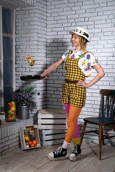 Girl, Pippi Longstocking, Frying Pan, Pancakes, Cooking