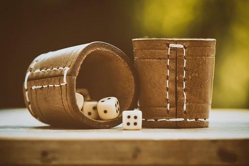 Cube, Shaker, Luck, Gambling, Gesellschaftsspiel, Play