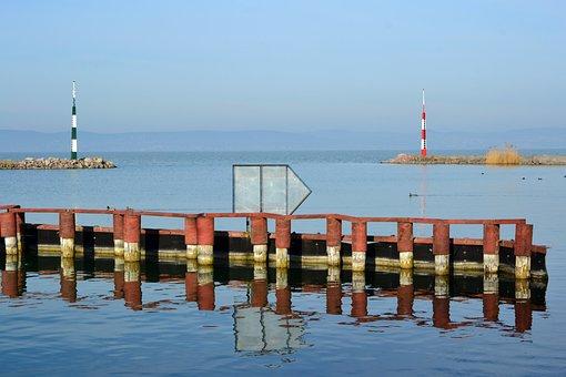 Hungary, Lake Balaton, Somogy, Balatonszemes, Port
