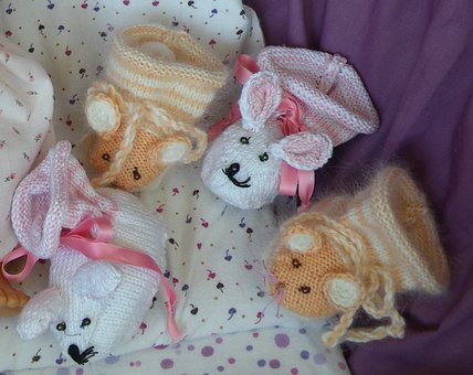 Baby Shoes, First Born Shoes, Knit, Homemade