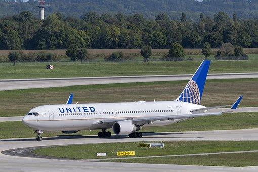 United Airlines, Boeing, Boeing 767-300, N673ua