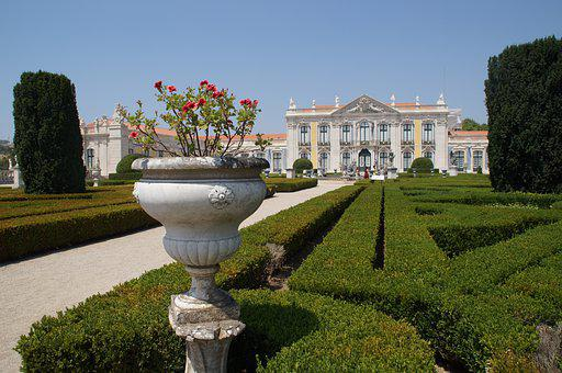 Palacio Nacional De Queluz, Portugal