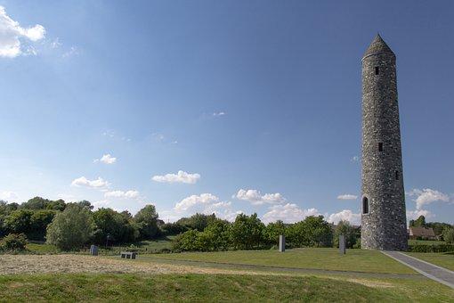 Monument, West-Flanders, Tourism