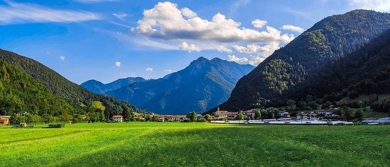 Mountain, Twenty-One Noni, Background