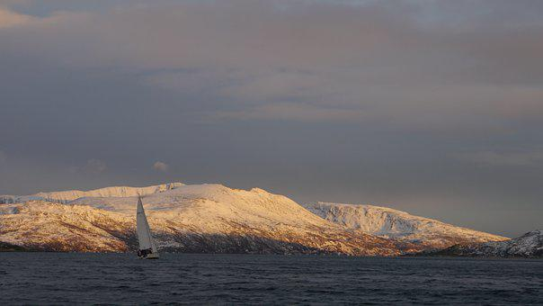 Yacht, Sail, Sailboat, Sailing, Sea, Winter, Mountain