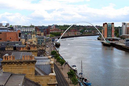 Newcastle, Millenium Bridge, England