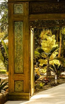 Entry, Wood, Door, Garden, Outdoors, Entrance, Doorway
