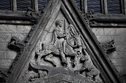 Saint Martin, Utrecht, Customs, Relief