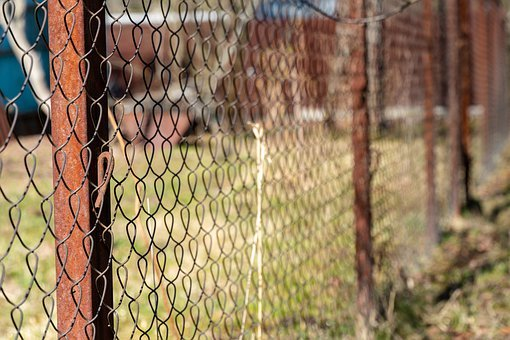 Fence, Net, Rust, Metal, The Beginning Of Spring, Old