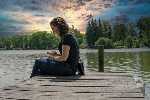 Girl, Lake, Web, Wood, Mobile Phone, Sitting, Water