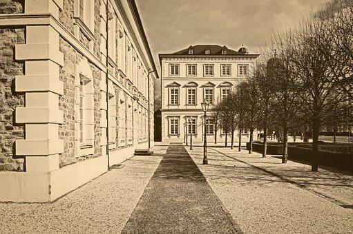 House, Historically, Architecture, Building, Facade