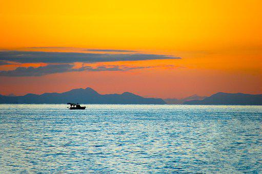 Motivation, Boat At Sunset, Boat On Rassvetami