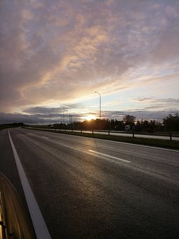 The Sunset, Track, Sunset On The Highway
