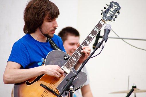 City, Street Musicians, Concert, Music, Guitar