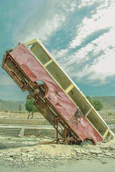 Nine Demon Tower, Abandoned Vehicle, Movie Scene