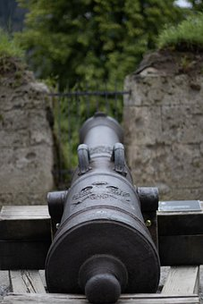 Cast Steel Gun, Cannon, Cast Iron, Antique, Artillery