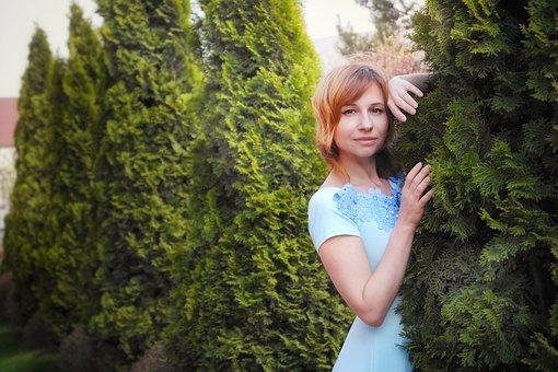 Needles, Thuja, Girl, Woman, Green, Garden, Nature
