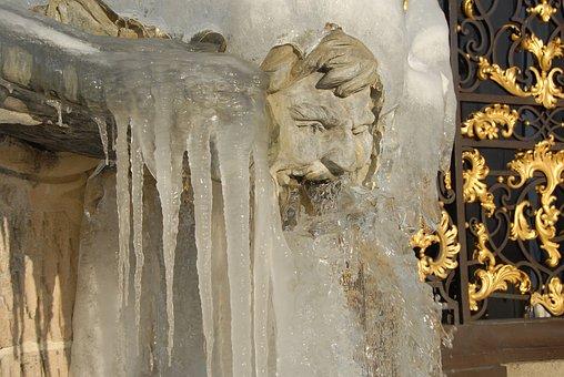 Neptune, Fountain, Statue, Ice, Gel, Winter, Cold
