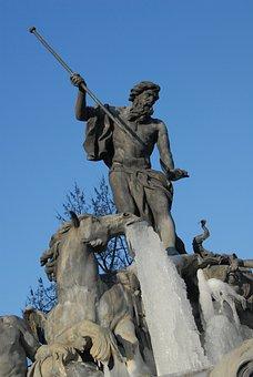 Horse, Neptune, Trident, Statue, Ice, Gel, Winter, Cold