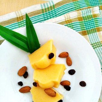 Almond, Almonds, Raisin, Raisins, Pandanus, Pudding
