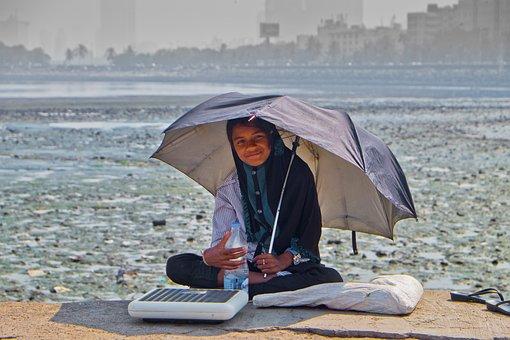 Girl, Umbrella, Laugh, Poverty, Beggar, India, Indian