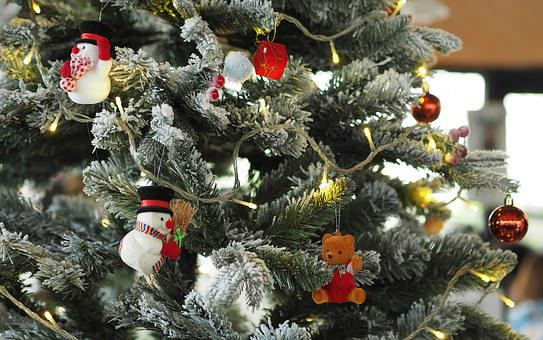 The Christmas Tree, Decorate A Christmas Tree, Festival