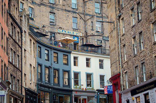 Edinburgh, Victoria Street, Old Town, Facade, Homes