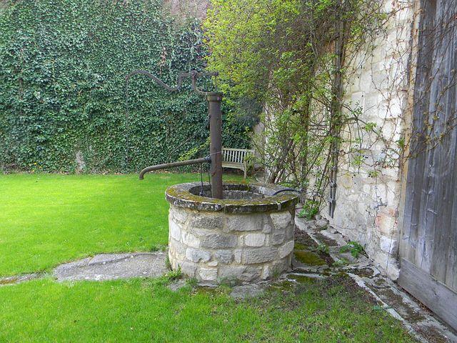 Fountain, Stone Frame, Beautiful