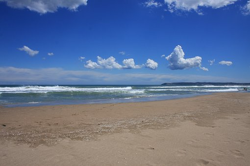 Beach, Sea, St Pere De Pescador, Spain, Blue Sky, Water