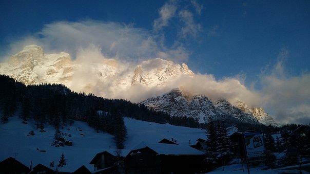Italy, Dolomites, Mountains, Nature