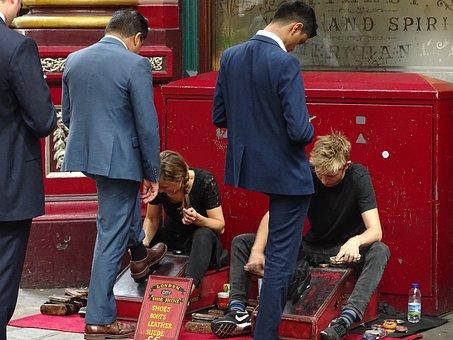 England, Street, London, Shoes, Customer Service
