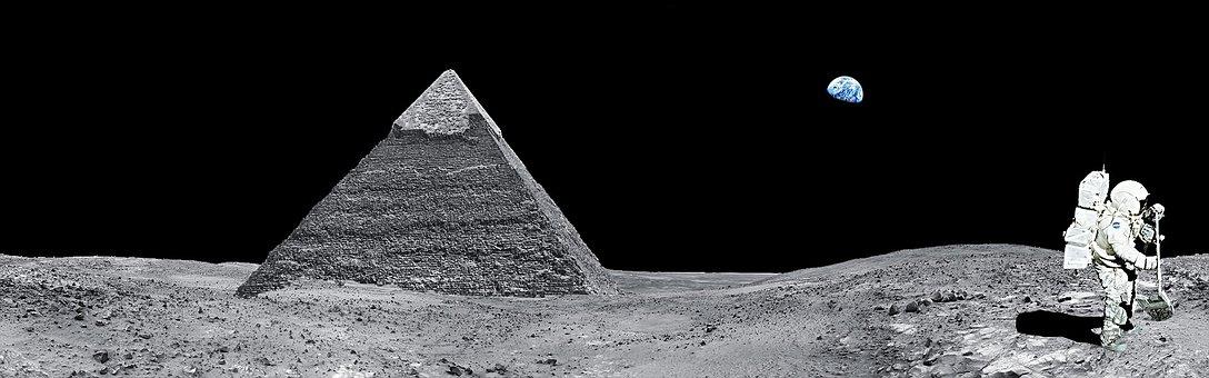 Moon, Pyramid, Egypt, Astronaut