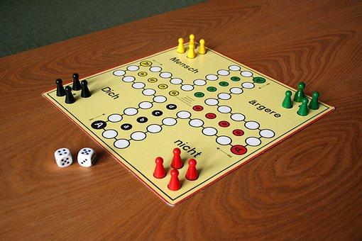 Play, Parchesi Up Not, Gesellschaftsspiel, Board Game