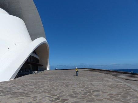 Forecourt, Space, Building, Huge, Imposing, Visitor