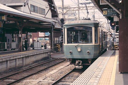 Tram, Platform, Traffic