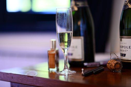 Vine, Glass, Champagne, Love, Amour, Nail Varnish