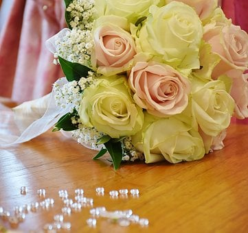 Roses, Ostrich Brautstrauß, Flowers, Bouquet, Love
