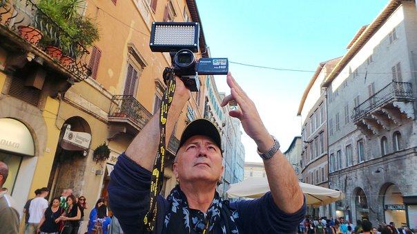 Journalist, Cameraman, Printing, Crossmedialità, Man
