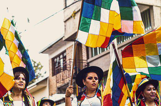 Andina, Sicuri, Bolivia, Cochabamba, Women, Flags