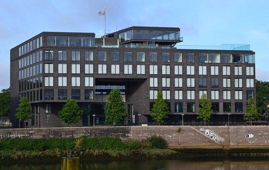 Bremen, Weser, Kill, Beluga Building, Bust