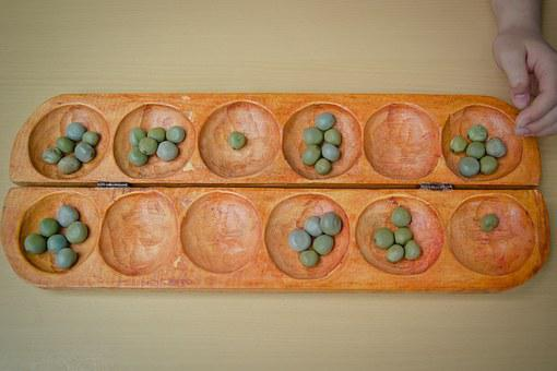 Oware, Steinchenspiel, Moluccan Bean, Owarebrett