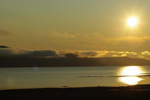 Saguenay Lac Saint Jean Quebec, Sunset, Golden, Water