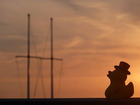 Hat, Sunset, Quietscheente, Silhouette, Shadow